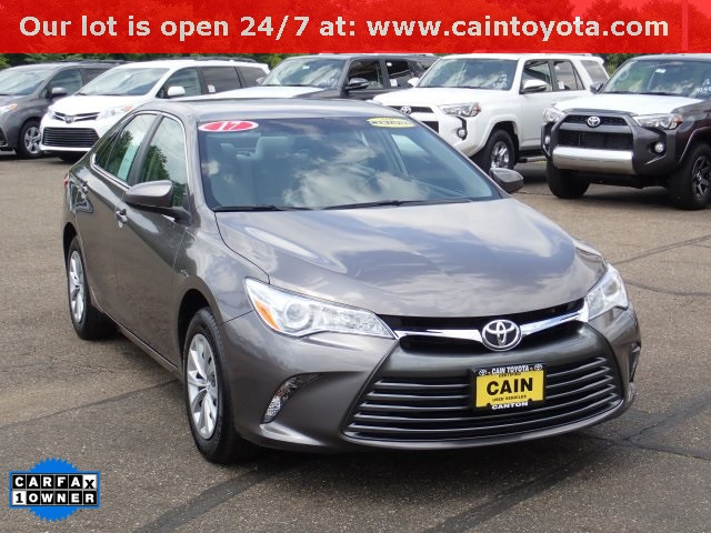 Pre Owned 2017 Toyota Camry Le