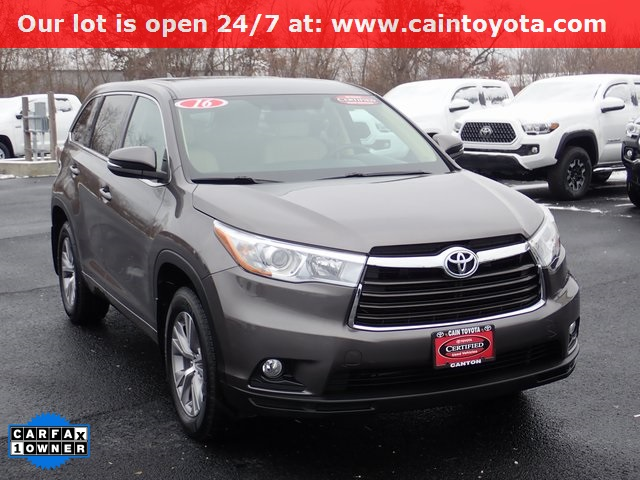 Certified Pre Owned 2016 Toyota Highlander Le Plus V6