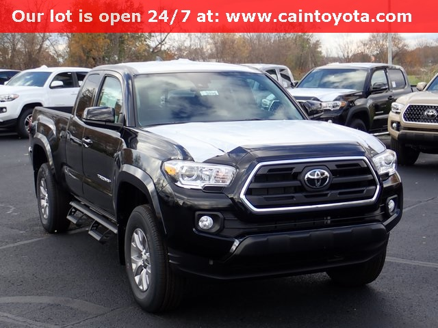 New 2019 Toyota Tacoma Sr5 4d Access Cab In North Canton 193896